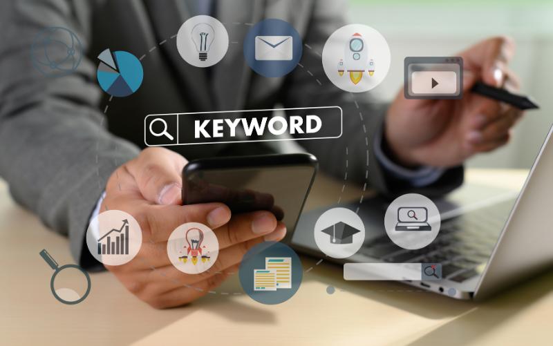 Alles, was du brauchst um mit deinem Online Business schnell und dazu strategisch durchzustarten. Weil du hier alles findest, was du dazu brauchst-Zusammengefasst ist das deine Abkürzung zum Erfolg im Affiliate-Marketing.